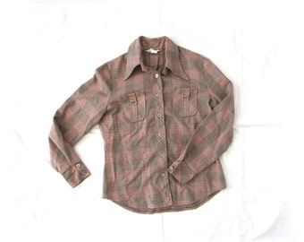 SALE vintage shirt 60s plaid tan red white blue 1960s womens clothing size medium m