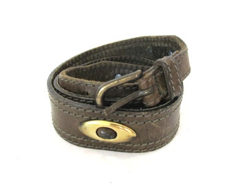 vintage belt olive green leather 80s gold accent size womens accessories size s m