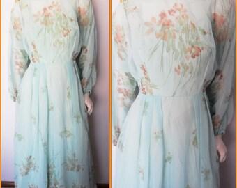 Vtg.70s Sea-foam Green Sheer Chiffon Floral Screen Print Gown Maxi Dress.S.Bust 34.Waist 27.