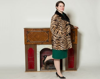 Vintage 1960s Tiger Striped Coat - Double Breasted Faux Fur - Winter Fashions