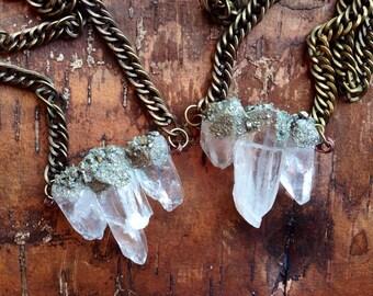 Raw Quartz Crystal Necklace/ Crushed Pyrite/ Natural Gem Stone/ Pyrite Necklace/ Chunky Quartz Neckpiece/ Geode Necklace/ Boho Necklace