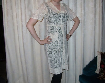 1950's cream lace dress with bow and pocket