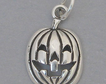 Sterling Silver 925 Charm Pendant JACK O LANTERN Pumpkin Halloween 2325