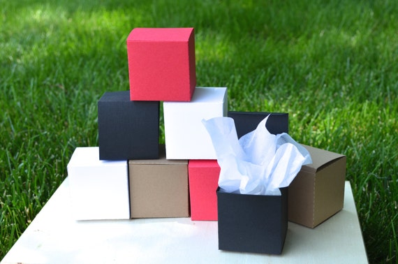 Favor Boxes in white, red, kraft, black or vintage map