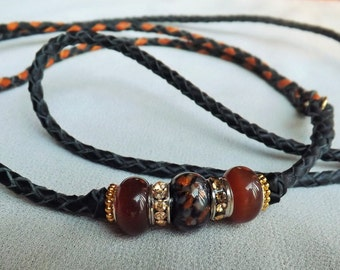 36 inch combination lead in brown and black with coordinating beads