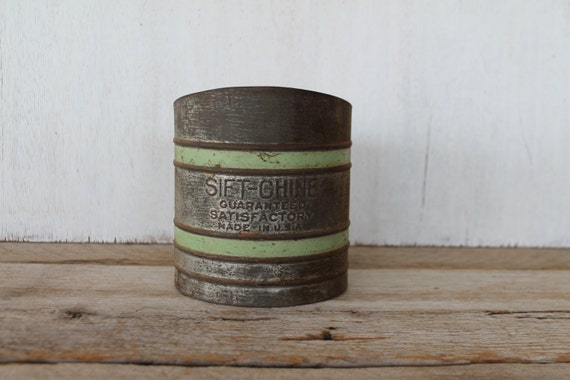 Vintage Sift-Chine Sifter