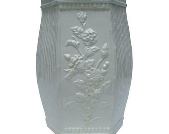 Creamy White Chinoiserie Vintage Floral Bamboo Ceramic Chinese Garden Stool