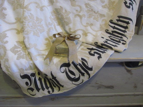 Christmas Tree Skirt Damask