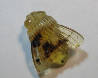carved Amber  Bee bead  ....... Real ... Natural Amber ...         23 x 20  x 10 mm .........         a3998