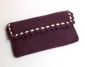 SALE!! 45% OFF!! Burgundy rectangular crochet clutch