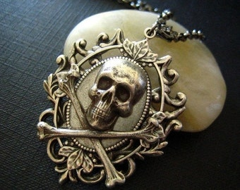 Aged Sterling silver plated Victorian skull cameo gothic necklace,S023