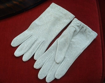 Vintage SILVER LAME' Ladies Gloves Stretch Nylon & Metal Classics Size 7 Classic 1940