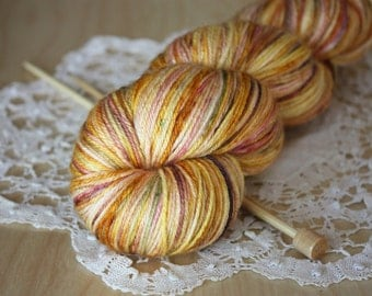 Hand Dyed Yarn / Fingering Weight / Gold Golden Garnet Moss Sansa / Silk Merino Wool