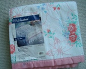 New Old Stock Vintage Beacon Butterfly Rose Twin / Full Bed Blanket Satin Binding Made in the USA