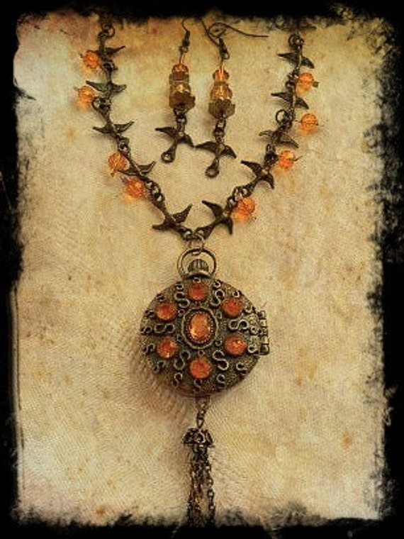 Amber Pendant Necklace - bracelet and earrings only