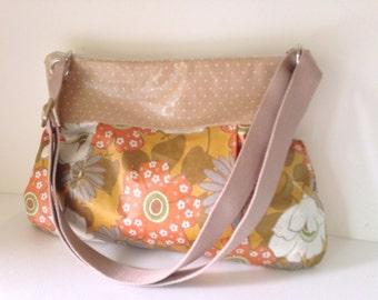 SALE-Women Messenger Bag Cross Body Purse wtih  Zipper closure - Ready to ship