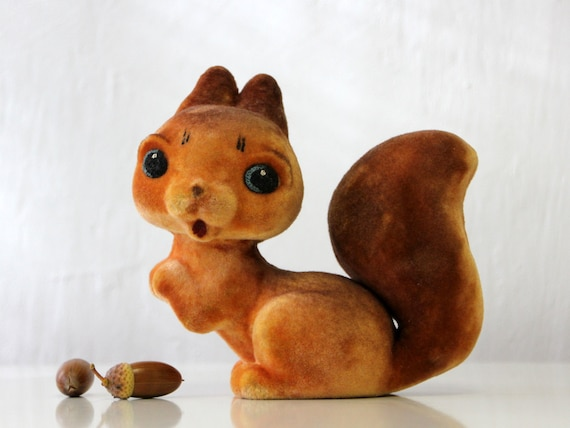 Adorable Russian flocking toy SQUIRREL, made in USSR 70s