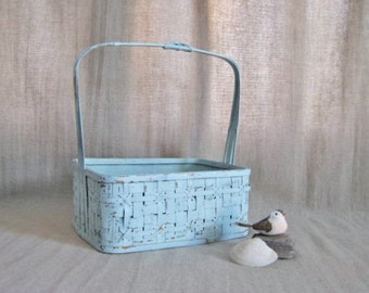 Pretty Basket in Robin's Egg Blue / Light Blue Upcycled Basket for Wedding or Home Decor / Program Basket / Favor Basket