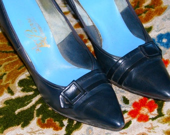 Vintage 1960s MAD MEN Blue Leather Marilyn Pointed Toe Pumps  Heels House of PIERRW