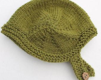 Leia Bonnet. 0 - 3 months. Hand Knit Green Baby Bonnet.