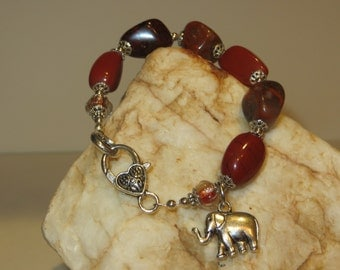 Agate Nugget and Red India Foil Glass Charm Bracelet