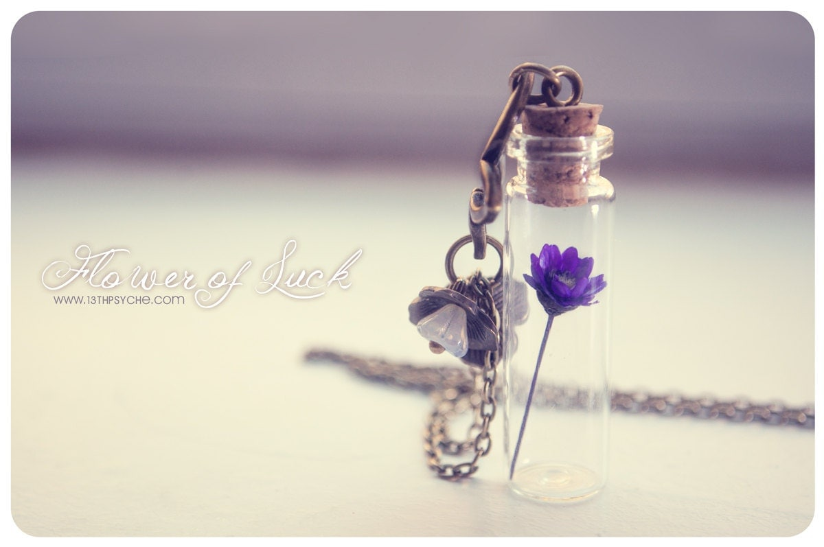 Tiny flower bottle necklace glass bottle pendant cute for Gemsprouts tiny plant jewelry