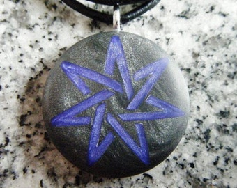 7 Pointed Heptagram Fairy Star hand carved on a polymer clay black pearl background. Pendant comes with a FREE necklace