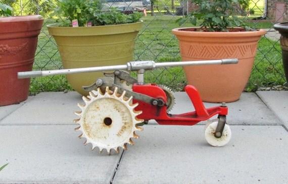 Traveling Lawn Sprinkler Tractor : Vintage thompson cast iron tractor walking lawn sprinkler red