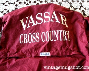 Vintage Vassar College Cross Country Runner Jacket   Sz XL  Boathouse Athletic with Hood Great Condition