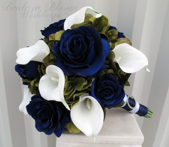 navy blue wedding flowers wedding bouquet navy blue roses green white calla 6124
