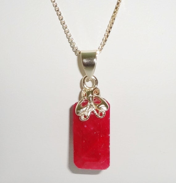 "12 ct Natural Earth Mined Emerald cut Red Ruby Pendant & 14kt yellow gold 20"" Box Chain"