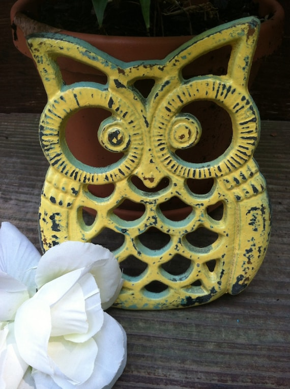 Cast Iron Owl Trivet | LaBellasCottage