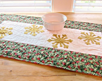 Christmas Table Runner, Quilted Table Runner, Gold Table Runner, Snowflake Table Runner, Christmas Table Topper, Snowflake Table Topper