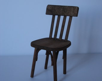 Miniature bistrot chair