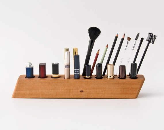 pear wood makeup organizer makeup holder makeup brush. Black Bedroom Furniture Sets. Home Design Ideas