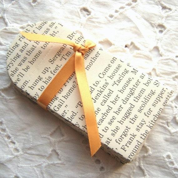 12 Book Page Mini Envelopes 2 x 3