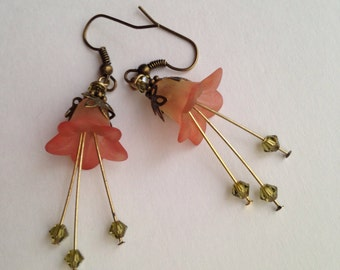 Peach Lily Earrings
