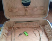 vintage Sonic Flyte Hard Shell Red With Original Mirror suitcase