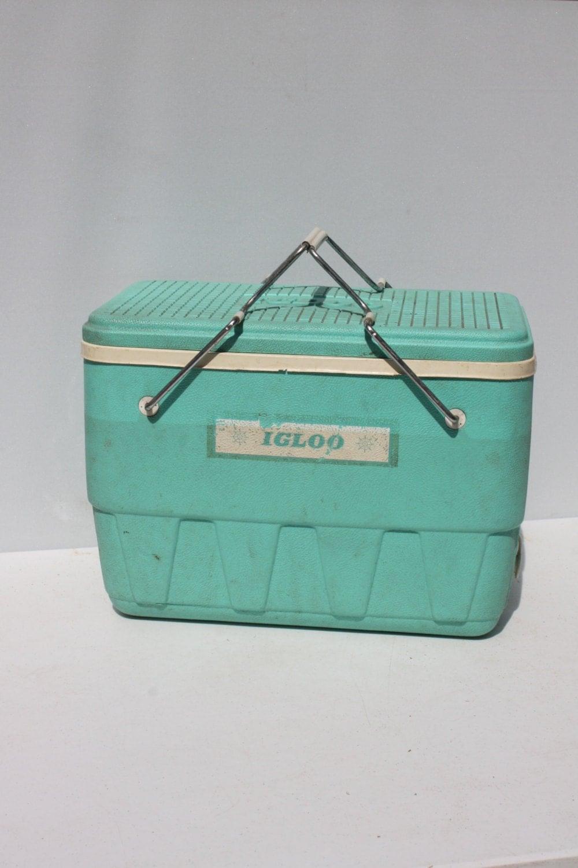 vintage igloo cooler ice chest live bait minnow well aqua