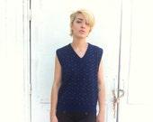 blue sweater vest / navy dark blue unisex medium / The Fox Collection / preppy men women unisex