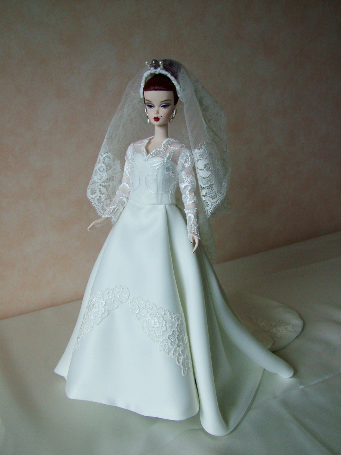 Wedding dress to fit Silkstone Barbie and Fashion Royalty