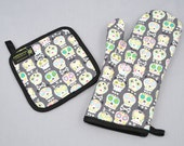 Sugar Skulls Oven Mitt and Pot Holder, Sets and Singles, Day of the Dead, Gray and White, Bonehead