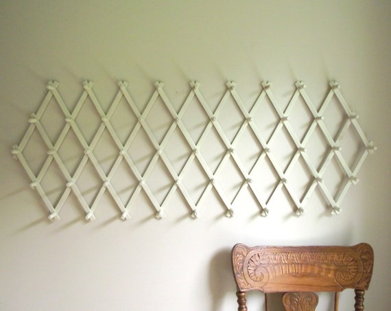 Vintage 49 Peg Expandable Accordion Wall Rack Accordion Peg