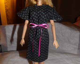 Black & pink floral bat wing dress for Fashion Dolls - ed576