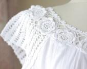 Womens blouses, White cotton top for womens, White blouses, Cotton boho blouse, Cotton summer top, White cotton blouses, linen dress, LACE