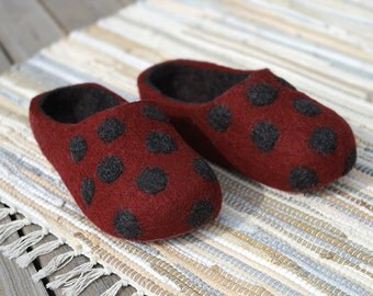 Hand Felted Wool Slippers  in Burgundy with Dark Gray inside and Polka Dots. Made to order.