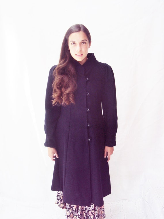 80s puff sleeve coat / navy wool coat / Full Bottom /  xs, s