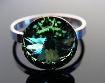 Sterling Silver Swarovski Crystal Peridot 12 mm Rivoli Ring size 7.5