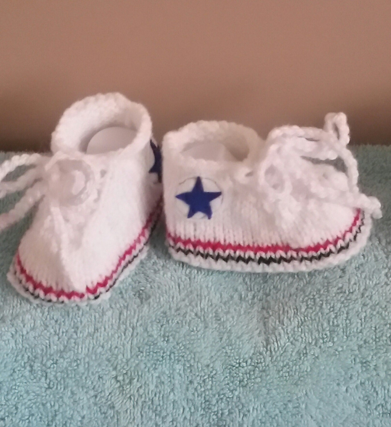 Knitting Pattern Baby Converse : PDF Knitting pattern All Star Sneakers converse baby shoes
