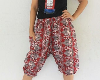 3/4 Hand made  Thai traditional print red  and white   tone , Thai batik  harem  pants and elastic waist,spa, yoga,hippie pants.